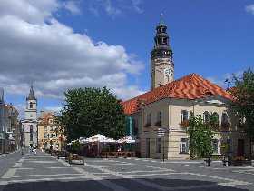 Grünberg Polen Marktplatz mit Rathaus und Bethauskirche